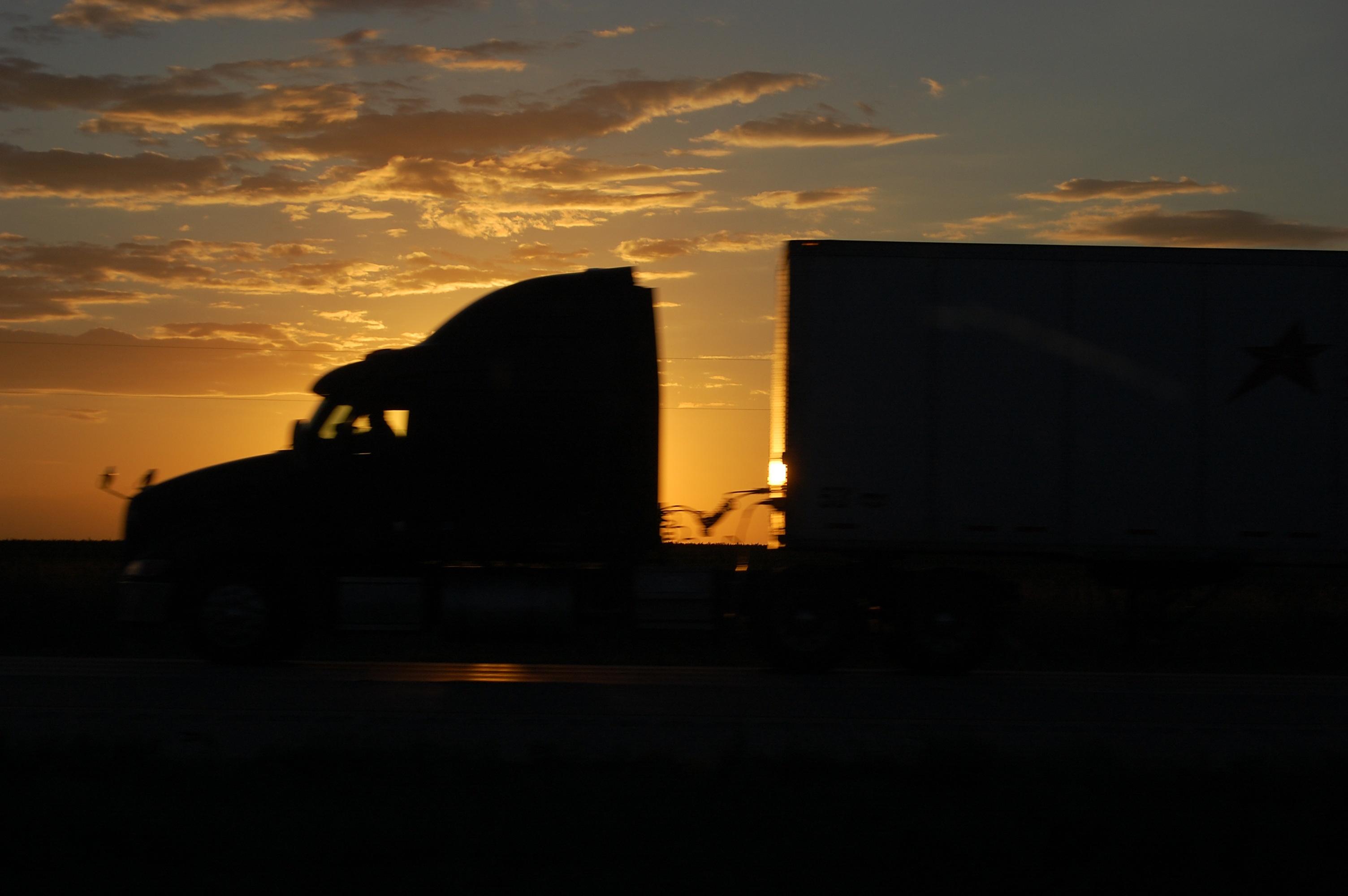 sunset-run-1333834
